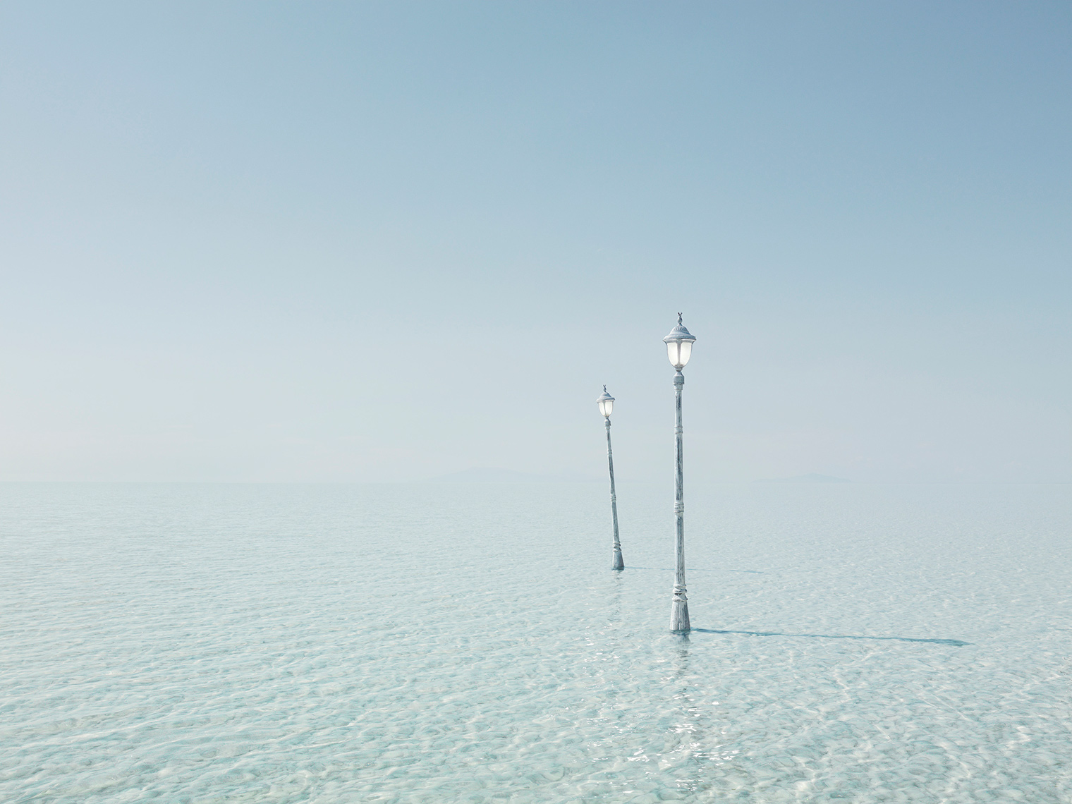 Lamp-posts-in-water